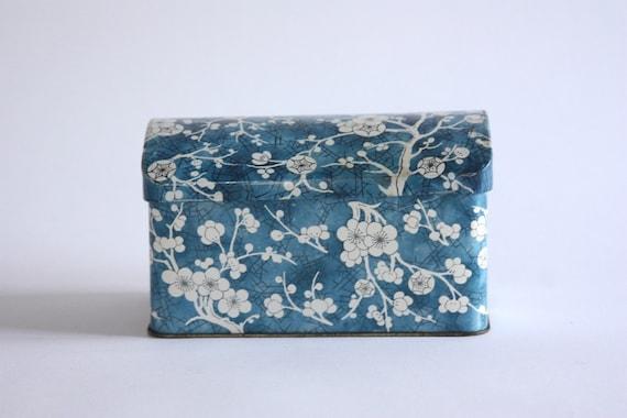 Vintage Blue and White Floral Box, Tea Tin