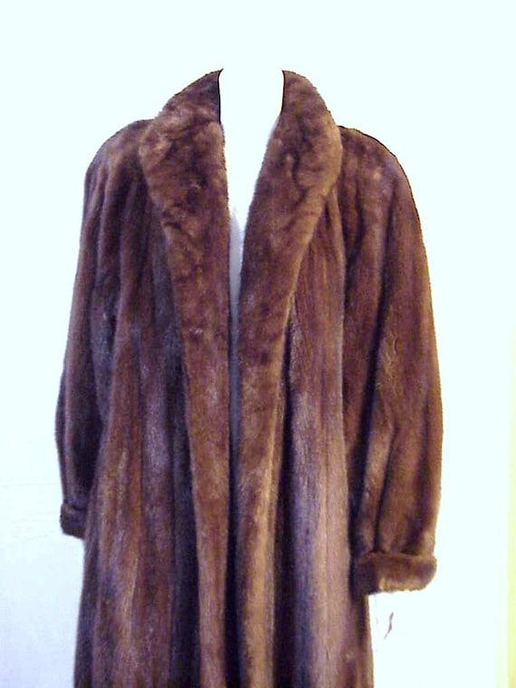 neiman marcus full length mink fur coat xl female pelts. Black Bedroom Furniture Sets. Home Design Ideas