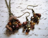 Brassy Brown Flower Cluster Necklace with Matching Earrings