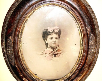ANTIQUE Pre-Civil War FRAME - SALE! - Gorgeous Detailed Leaf & Berry Gesso on Dark Wood Incl. Tin Print with Pink Tint - Fabulous Find