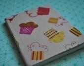 Adorable cupcakes mini notebook