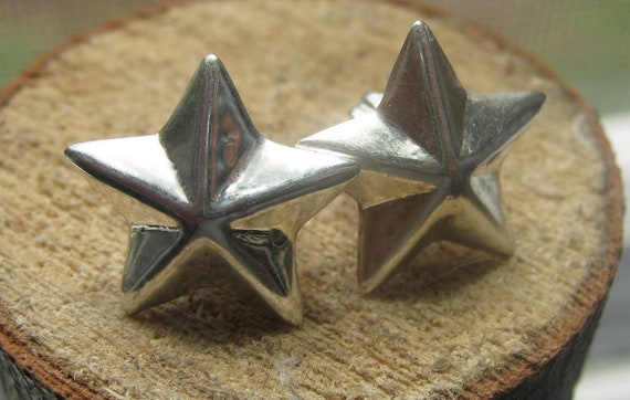 Reserved for Loriv Vintage Sterling Silver Ladies Stud Earrings Puffy Stars with Backs.