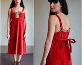 Vintage 70s Dress  /  Corduroy Hippie Day Dress /  OSFM