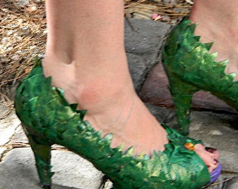 Poison Ivy Shoes Costume Heels Peek-A-Boo Pumps 5-6-6.5--9-10 sizes Available