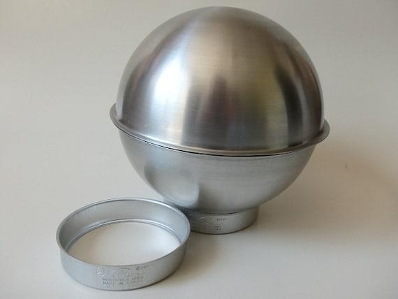 Cake Pan Soccer Ball