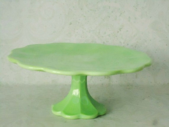 Jadeite jadite green pedestal cake stand green glass cake for Colored glass cake stand