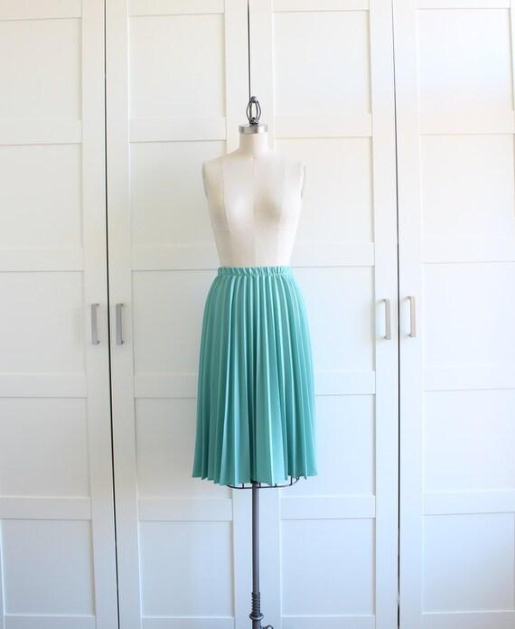 1950s 50s circle skirt mint green box pleat by