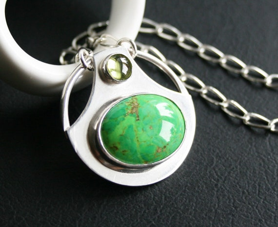 Mohave Green Turquoise and Peridot Pendant Necklace in Sterling Silver - Modern Design