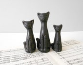 vintage pottery clay black cat figurine // set of 3