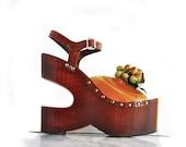 RARE // Sabots by Kimel Vintage Sculptural Wood Platform Acorn Wedge Heels