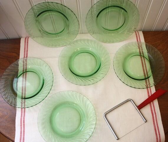 Set of 6 Green Depression Glass Swirl Dessert Plates