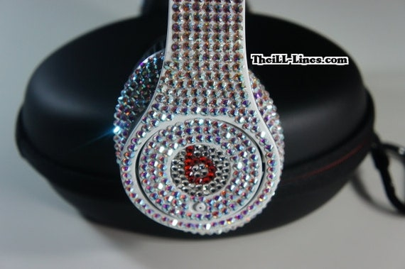 Why do so many celebrities use Beats headphones? - Quora