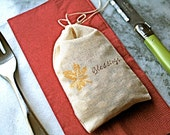 Thanksgiving table decor,  muslin favor bags, 3x5.  Set of 12.  Rustic shabby chic party decoration for the holidays.