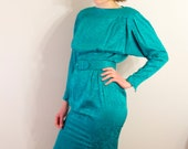 Small Green Floral Silk 80's Long Sleeve Belted Dress