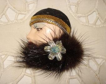 Vintage 1930's Lady Brooch