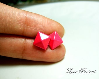 Supreme Rock N Roll and Punk Solid Pyramid earrings stud style - Color Shocking Pink