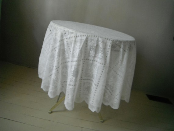 white lace oval tablecloth shabby chic white lace tablecloth vintage wedding decor French country cottage decor