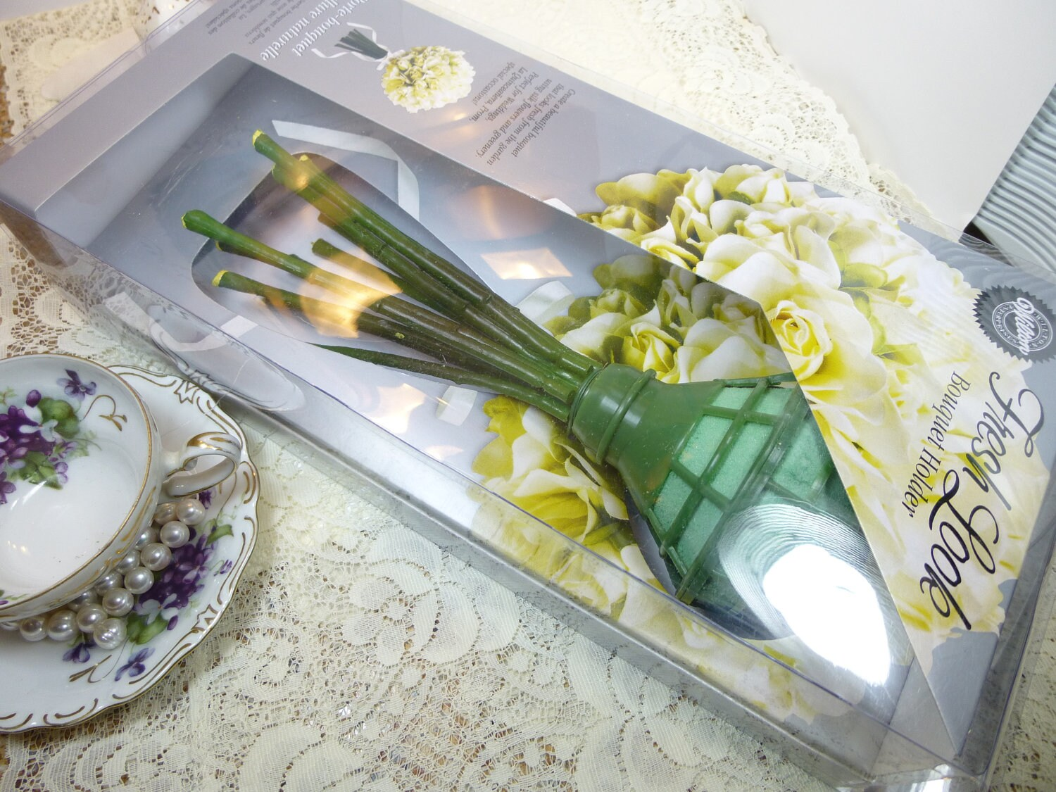 Wedding Bouquet Holder With Stems Wilton Fresh Look Floral Supplies For Diy