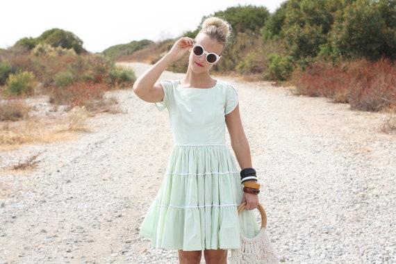 VTG 1960s 60s Pale Green Dress with Full Skirt XS
