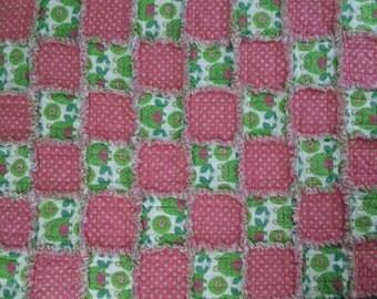 Frogs N Polk Dot Rag Quilt