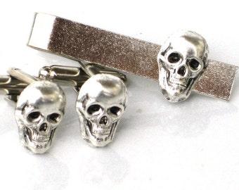 Steampunk - Pirate SKELETON SKULL - Men's Cufflinks Cuff Links Tie Bar Clip Bar Clasp - Antique Silver - By GlazedBlackCherry