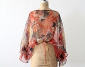 1970s Floral Blouse / Sheer Batwing Sleeve Top