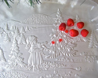 Vintage Serving Plate Frosted Glass Christmas Plate Ruffled Edges Christmas Trees Dessert Platter Cookie Plate 1980s