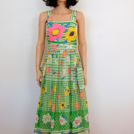 60s Vintage Dress - Miss Elliette Garden Party Wicker Floral Print Maxi Dress - M