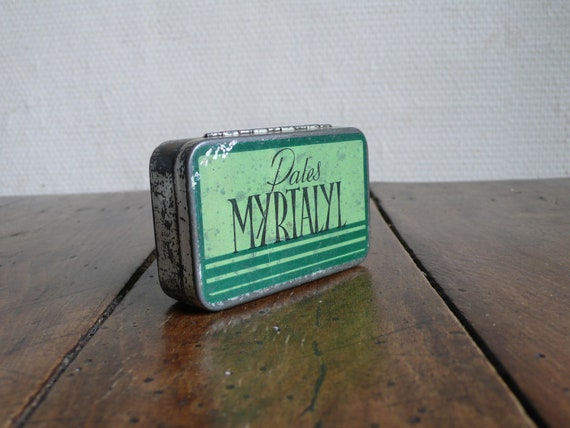 RESERVED FOR FARRAH: Vintage tin, french, metal, pharmacy, chemist, apothecary,  pastilles,   French vintage housewares