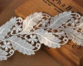Off White Venice Lace Trim Retro Leaves Lace 3 Inch Wide 2 yards