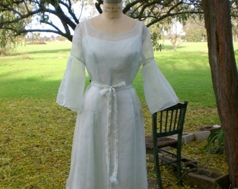 Princess Inspired Knee Length Wedding Dress Bridesmaids Garden Wedding Luncheon