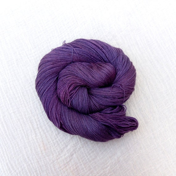 Hand Dyed BFL & Silk Laceweight Yarn 100g - Gloxinia