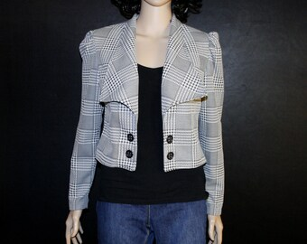 Vintage black and white crop jacket with unique cut and collar