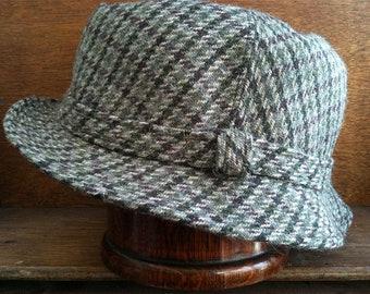 Vintage English Stitched Green Tweed Hat Cap Size 23.5 circa 1960-70's / English Shop