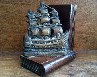 Vintage English Saucy Jane Sailing Tall Ship Cutter Ship Bookend circa 1950's / English Shop