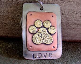 LOVE my pets key chain- fancy paw print