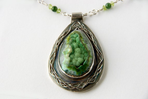 Bohemian Art Nouveau Necklace with Green Quartz Druzy Pendant With Nephrite Jade and Peridot, Victorian Steampunk Boho Style Necklace