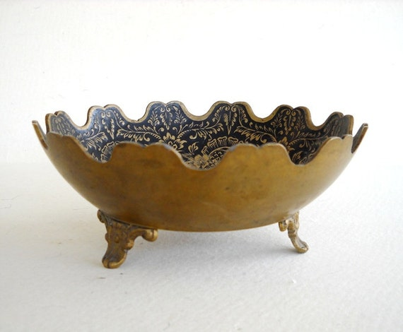 Vintage OOAK Royal Brass Bowl with Beautiful Intricate Design