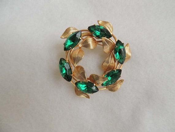 VINTAGE RHINESTONE WREATH Pin / Brooch... Green Marquis Stones