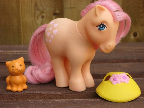 RESERVED For Crystal Vintage My Little Pony Pretty Parlor Parlour Peachy Twinkles Kitty Cat and Hat Set