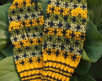Finely Hand Knitted Estonian Mittens in Greens and Yellow - warm and windproof