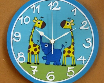 Round Wall Clock With Giraffes & Elephant Paintings