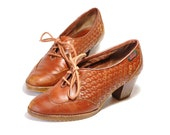 Vintage Womens US 6M Bass Brown Leather Lace Up Woven Oxfords/Ankle Booties