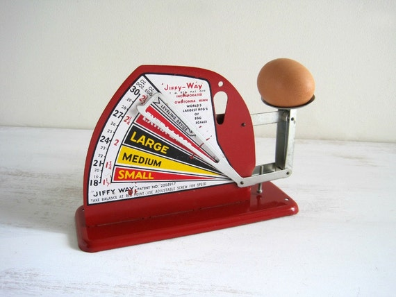 Vintage Red Egg Scale - Farmhouse Chic