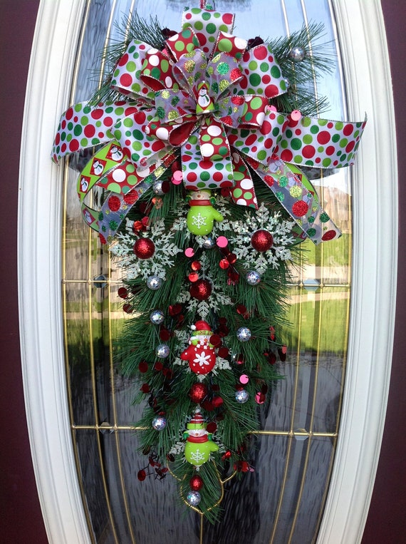 Christmas Door Wreath Teardrop Vertical Swag