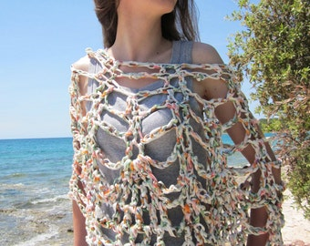 Pine cone crochet shawl/poncho in recycled t-shirt jersey yarn (white, orange, green)