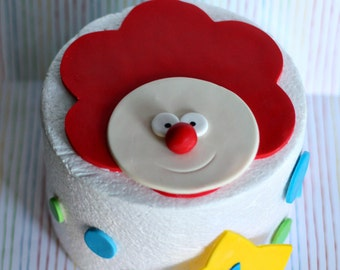 Fondant Clown, Polka Dot and Star Age Decorations for a Circus Themed Party