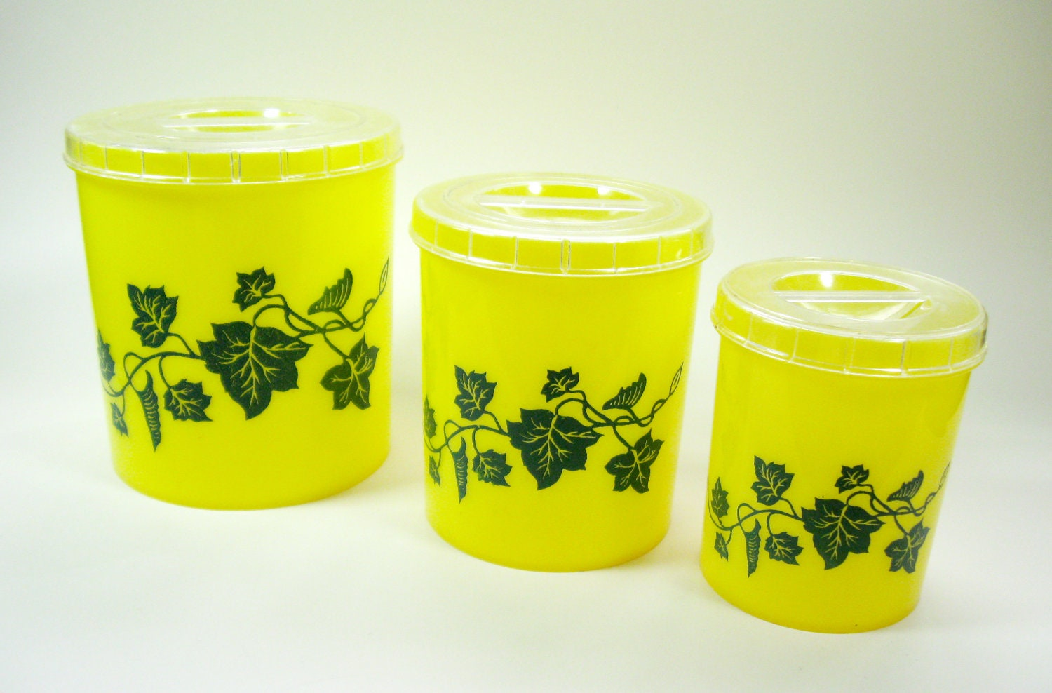 1950s yellow kitchen canisters ivy set of 3 kitsch plastic for Kitchen set yellow