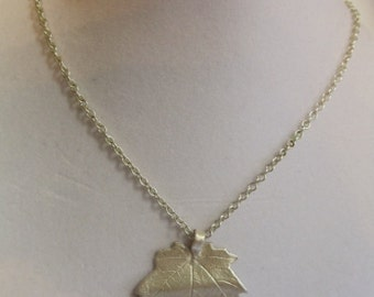 "18"" Maple Leaf Pendant on Silver Chain with Magnetic Clasp"
