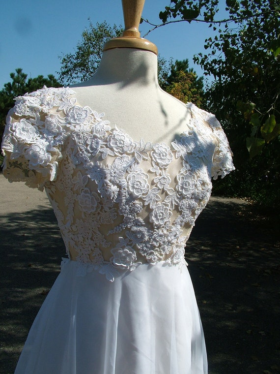 Wedding dress vintage lace 1970s bridal by for 1970s vintage wedding dresses